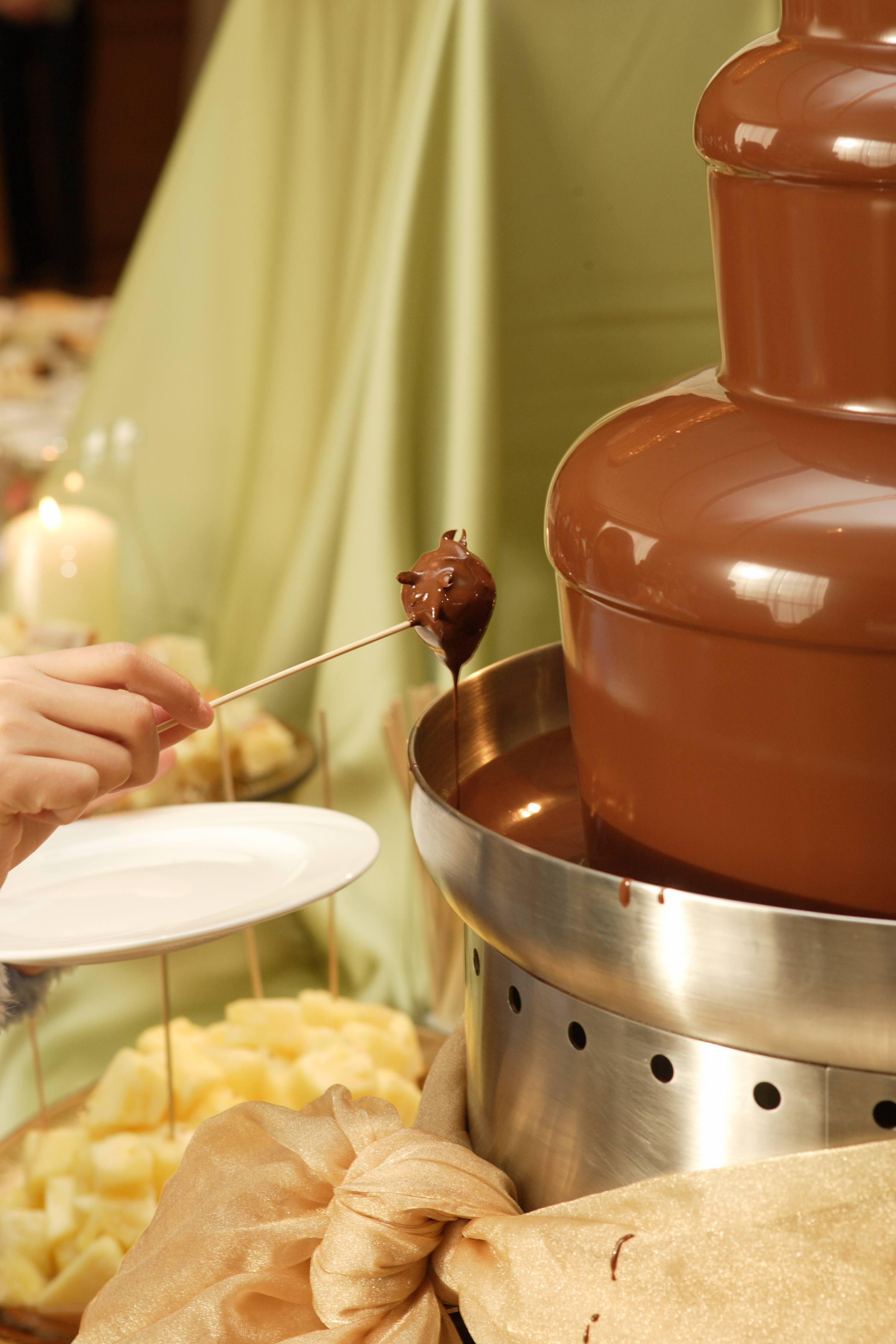 Chocolate Fountains, An Alternative To Wedding Cakes | Elizabeth ...