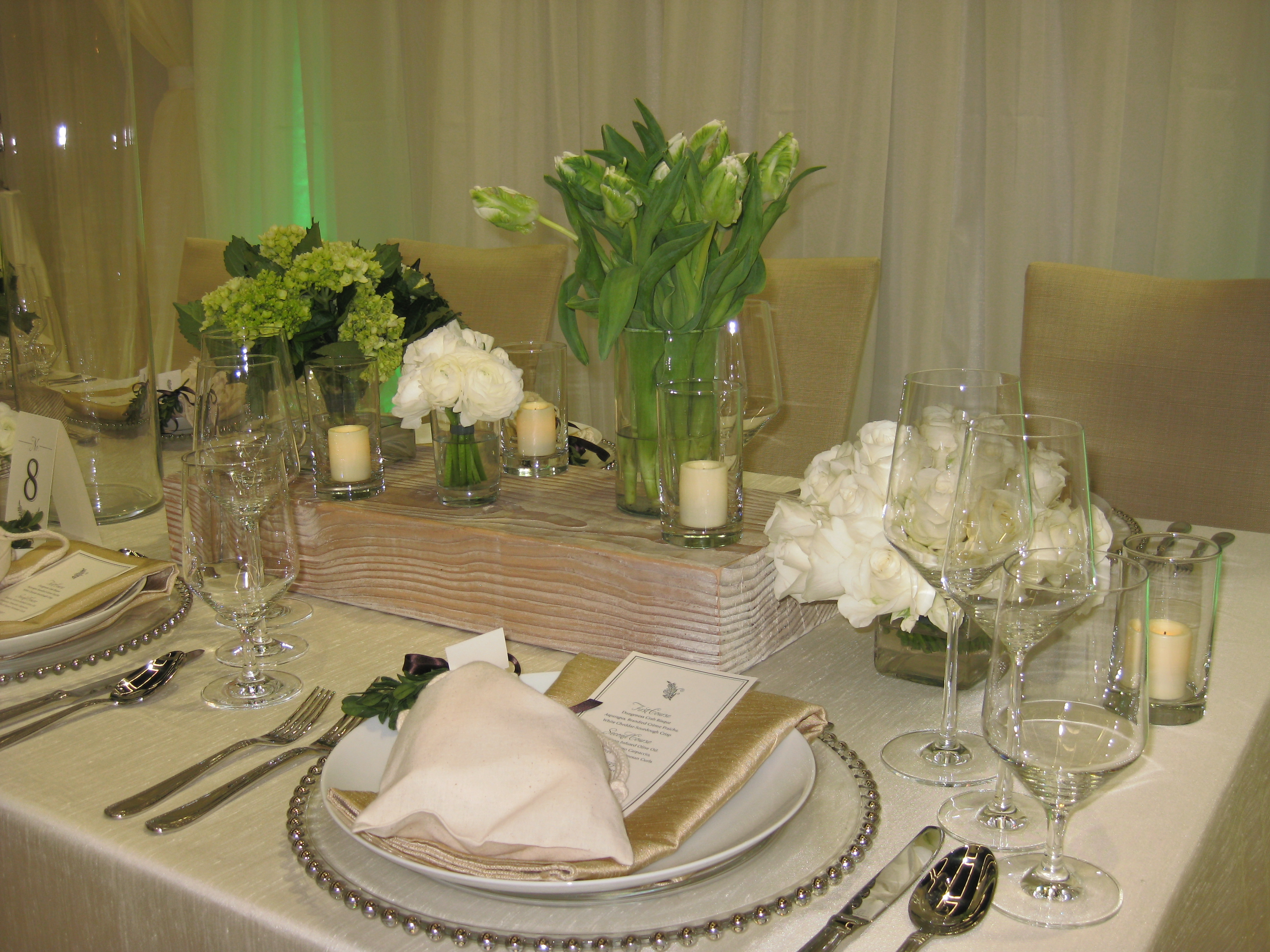Natural wedding decor gives a high end look elizabeth Natural decorating